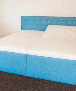 Čalouněná manželská postel Loreta