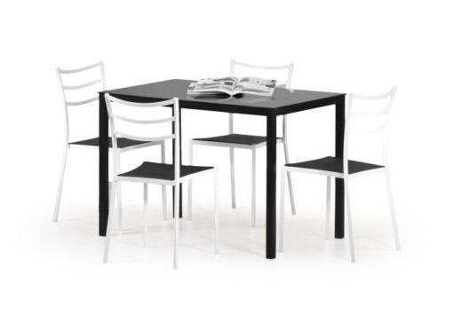 Černý jídelní stůl Ermet