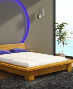 Dřevěná postel Turid s nočními stolky