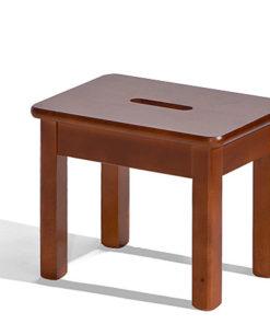 Dřevěná stolička Adin